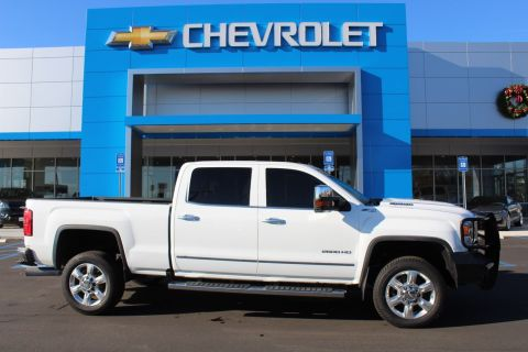 Pre-Owned 2017 GMC Sierra 2500HD SLT 4WD Crew Cab Pickup