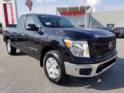 New 2019 Nissan Titan SV 4WD Extended Cab Pickup