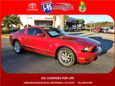 Pre-Owned 2012 Ford Mustang V6 RWD 2dr Car